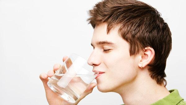 ดื่มน้ำดูแลผิวในหน้าหนาว วิธีรักษาสุขภาพ