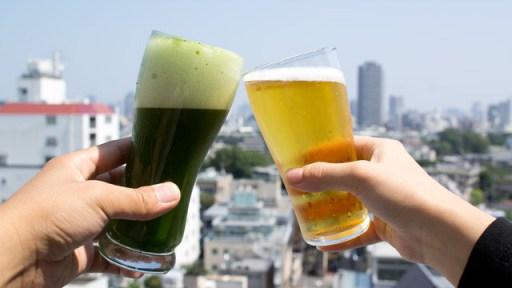 ดื่มแอลกอฮอล์เบียร์ชาเขียวมัทฉะ